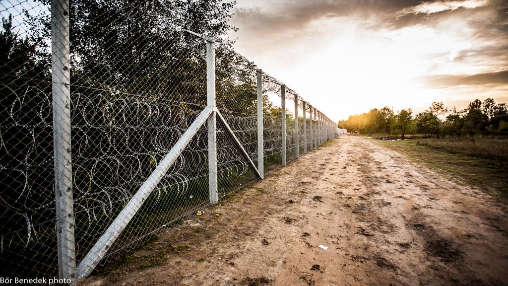 Stacheldrahtzaun an der EU-Außengrenze